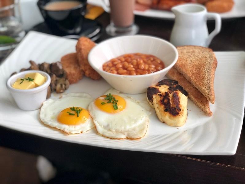 vegetarian breakfast at Yee Rah restaurant in Liverpool ONE