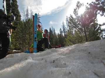 Finally a continous stretch of snow, and a possibility to transition to ski mode. Photo: Matt Enlow