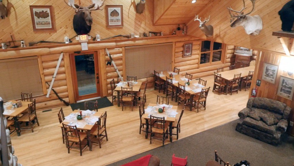 Dining  Hungry Jack Lodge