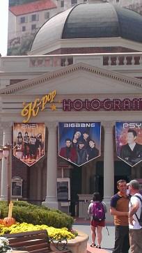 Big Bang Hologram Show!