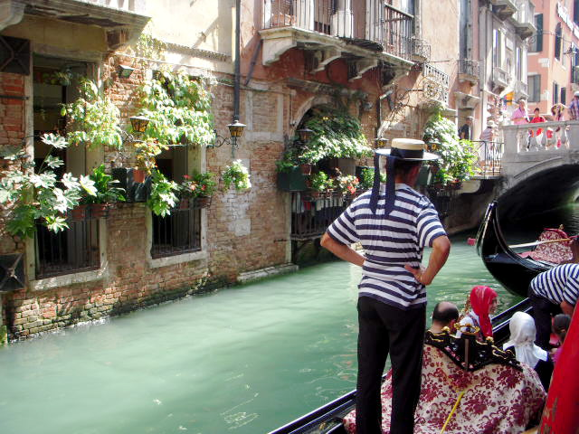7 Things Americans Can Learn from Italians