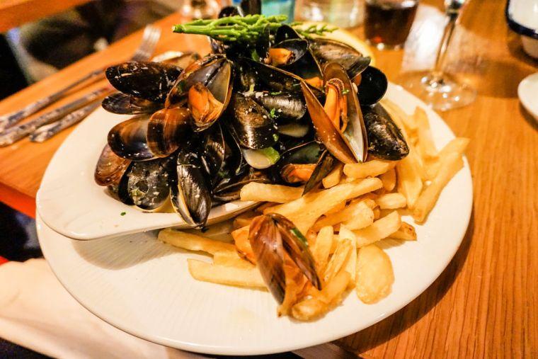 moules-frites-belgium