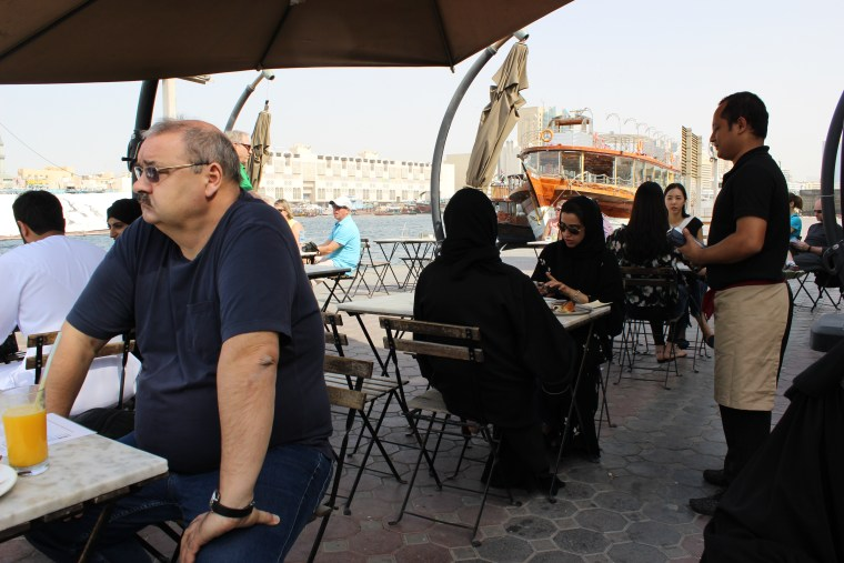 people-sitting-in-cafe-in-Dubai