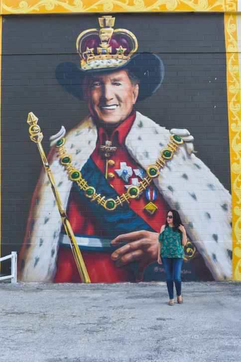 George Strait mural in San Antonio Texas