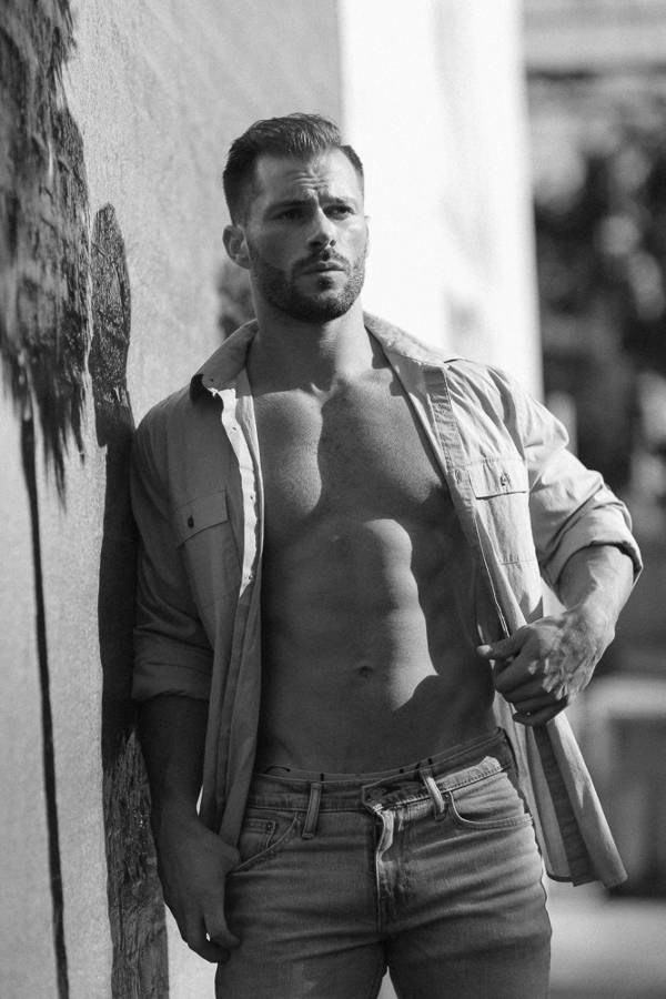 Male model Quin Bruce with an open shirt