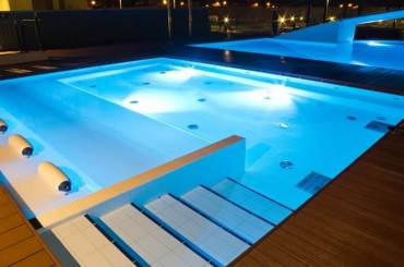 Types of Pool Lights