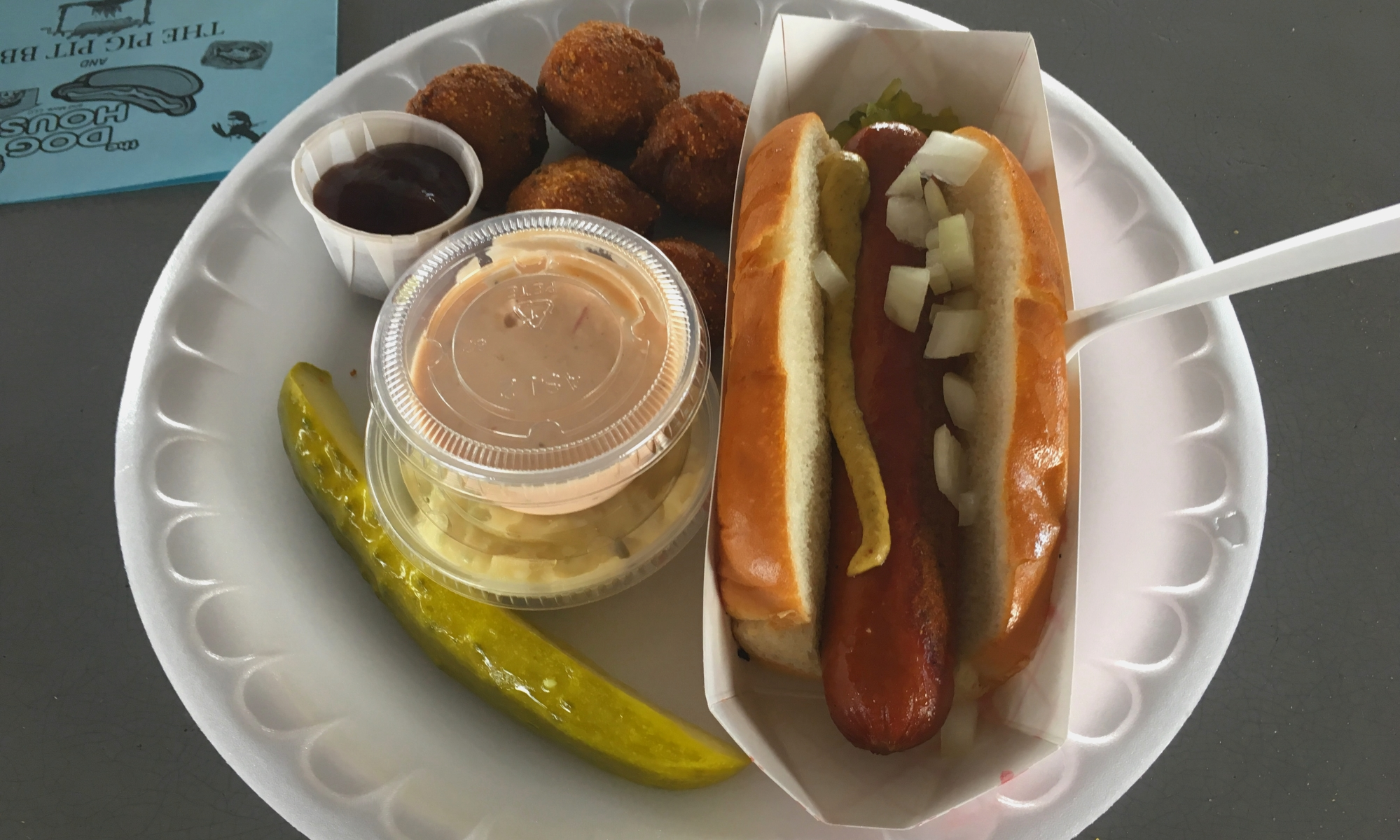 Image: Hot dog platter at The Dog House and More, Ruskin