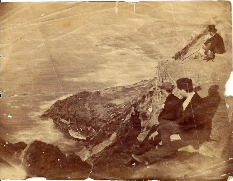 Onlookers from the cliff above Shipwreck of the City of Newcastle, 1878 (Photo Credit: Digitised by Anne Glennie from Glennie Family Albums) Click for larger view