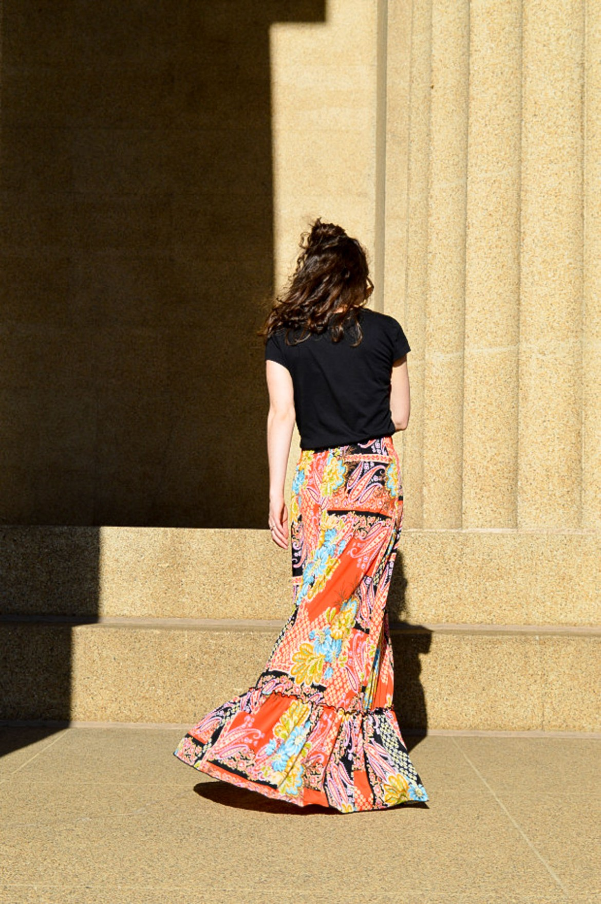 Ruffled hem maxi dress