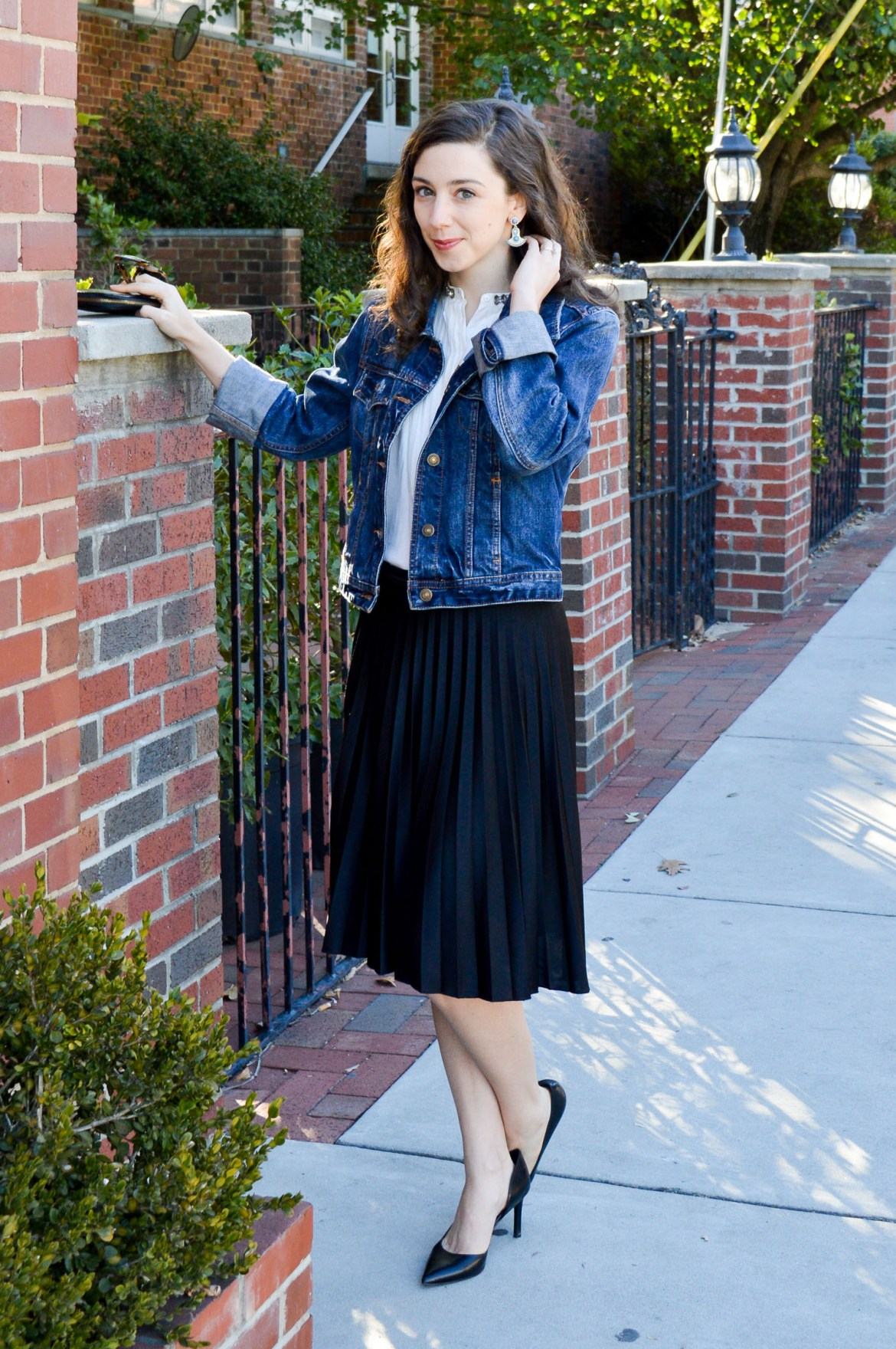 Dressing down a pleated skirt   Outfit inspiration on Hunting for Pink Flamingos