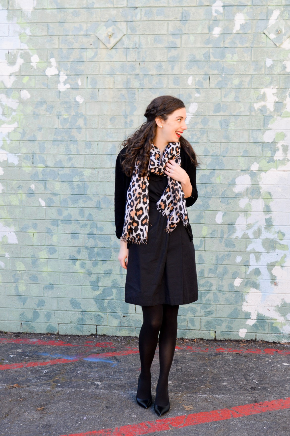 All-black outfit with a leopard print scarf // Hunting for Pink Flamingos