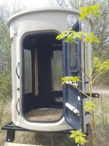huntingpods.com, Bow Hunters, Redneck roominess, Adjustable heights, no assembly, doctors recreation, financiual hunters, venison