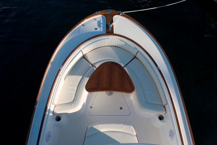 Hunt Yachts_26CC_26