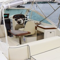 Hunt-YachtHunt-Yachts-Harrier-26-Demo-for-Sale