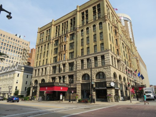 PFISTER HOTEL TOWER RENOVATION & PARKING STRUCTURE