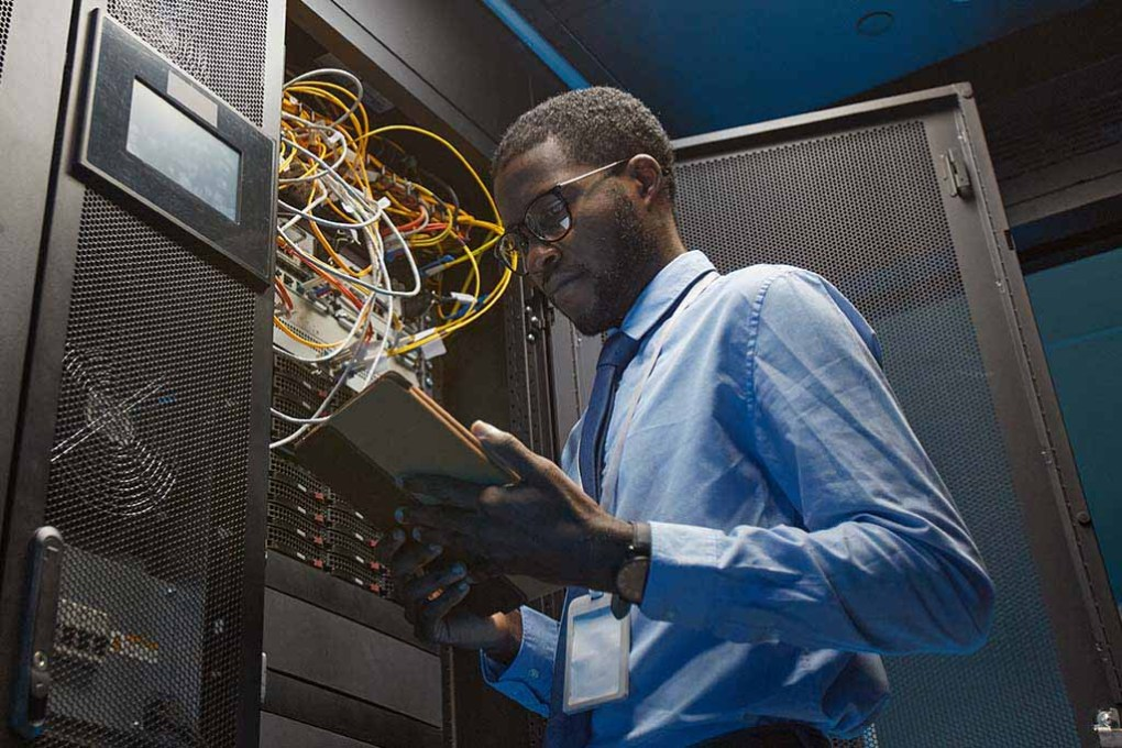 Black-Network-Engineer-homepage-image