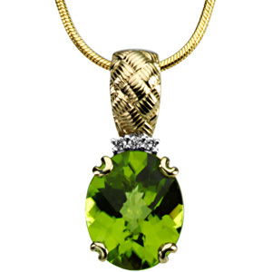 Oval Checkerboard Green Peridot 14k Yellow Gold Ladies Pendant