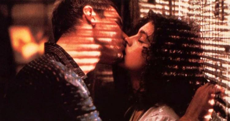 Blade Runner Deckard Rachael kiss