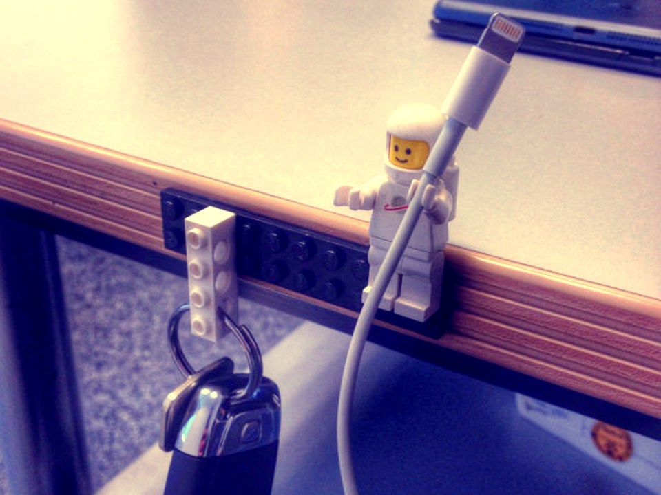 Lifehacker Lego cable office trick