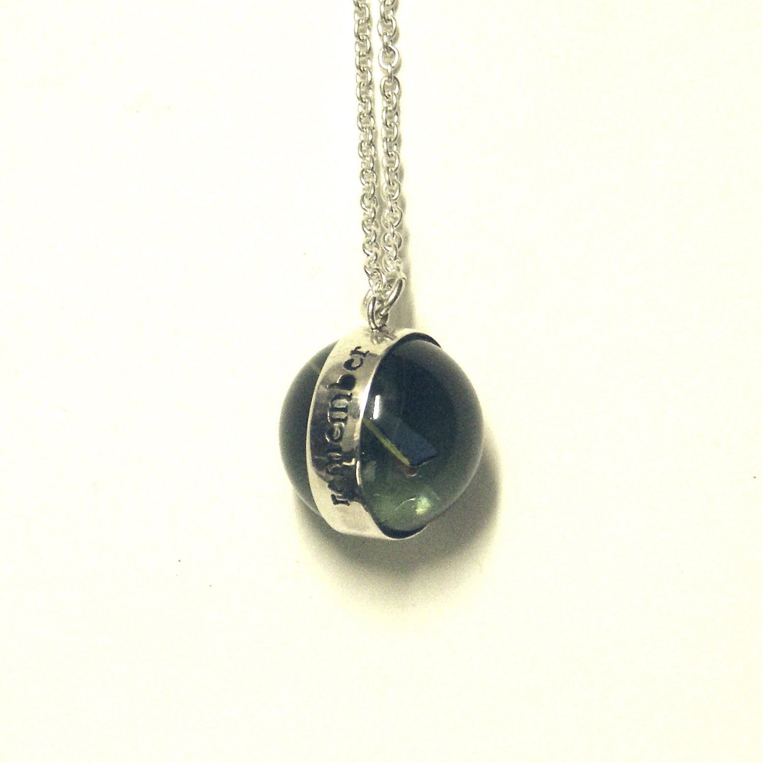 RMN-Remember marble necklace