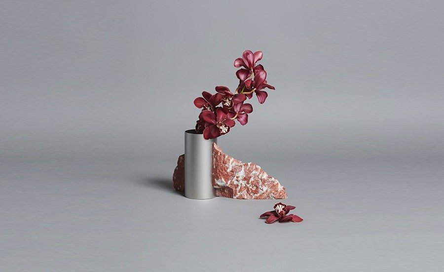 Bloc Studios x Tableau: Less is more en 10 vases