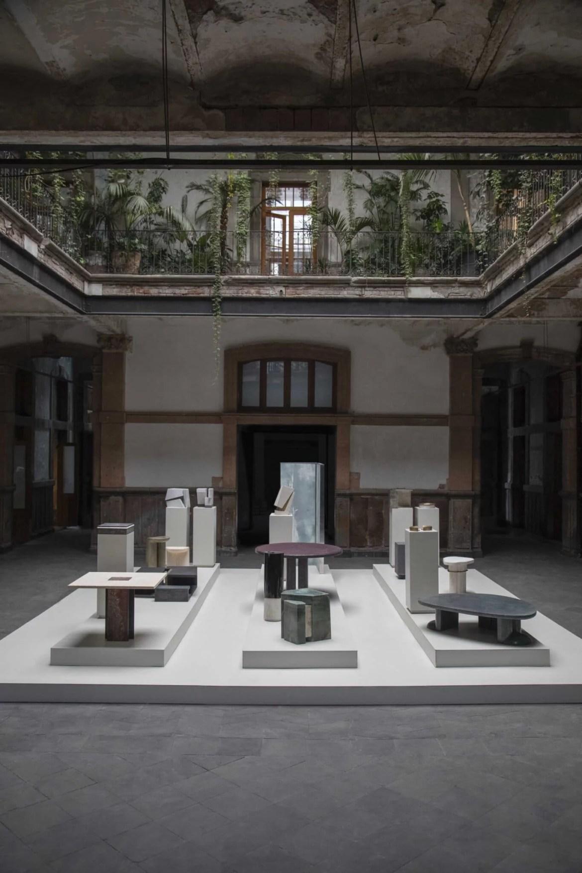 """Design latino-américain, UNNO Gallery, 32 General Prim, a """"Porfirian"""" house in Mexico"""