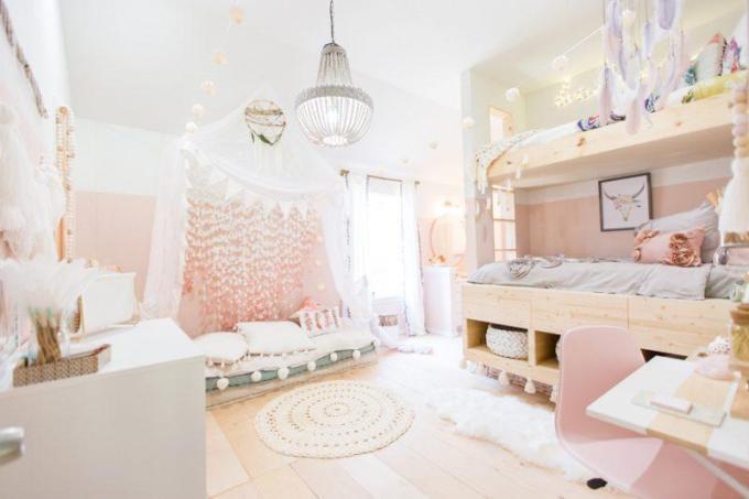 Boho Vintage Teenager Girl Bedroom