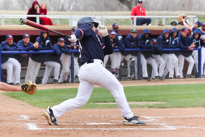 Baseball's Schmidt experiences power surge