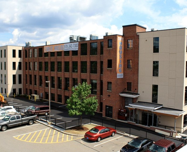 Simonds Hall Student Housing at Fitchburg State University