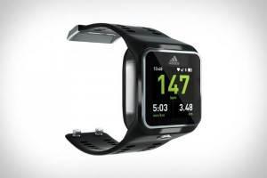 Адидас-Аdidаs-miCоаch-SМАRТ-RUN-умные-часы-на-базе-Android-1