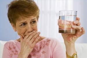 Виды-зубных-протезов-Уход-за-зубными-протезами-3