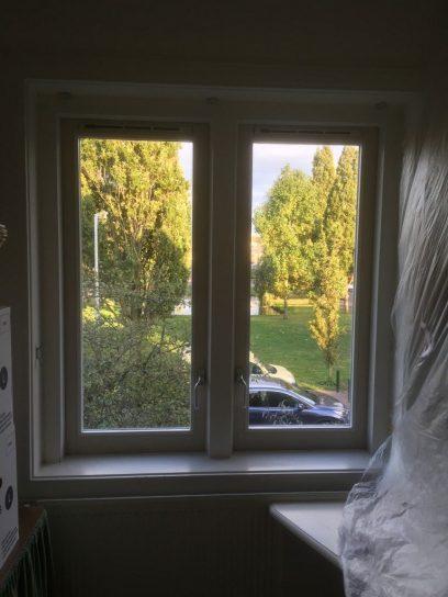 Nieuwe ramen, met dubbelglas en ventilatierooster
