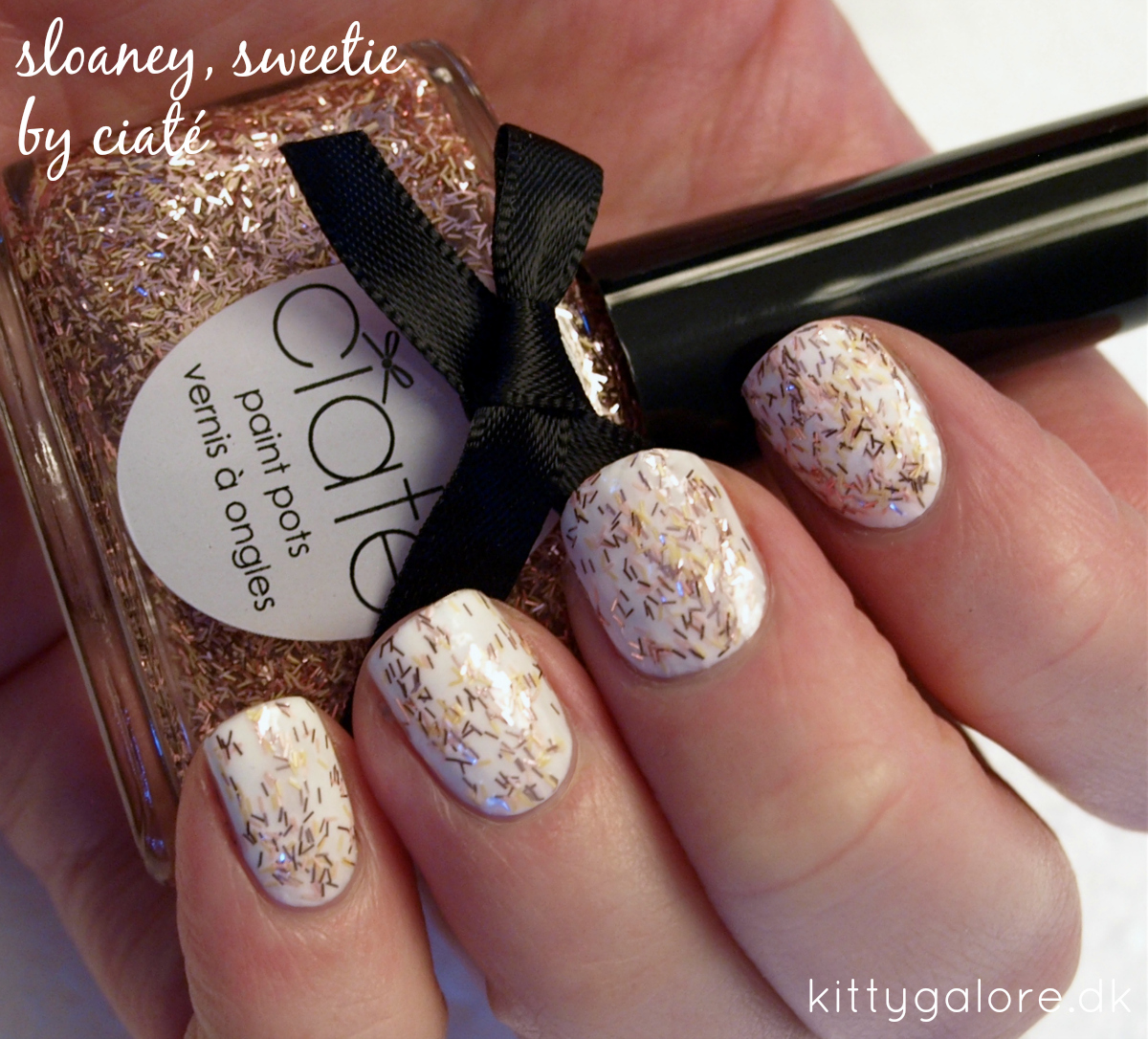 ciaté tweed sloaney-sweetie-1-coat-nail-polish-neglelak