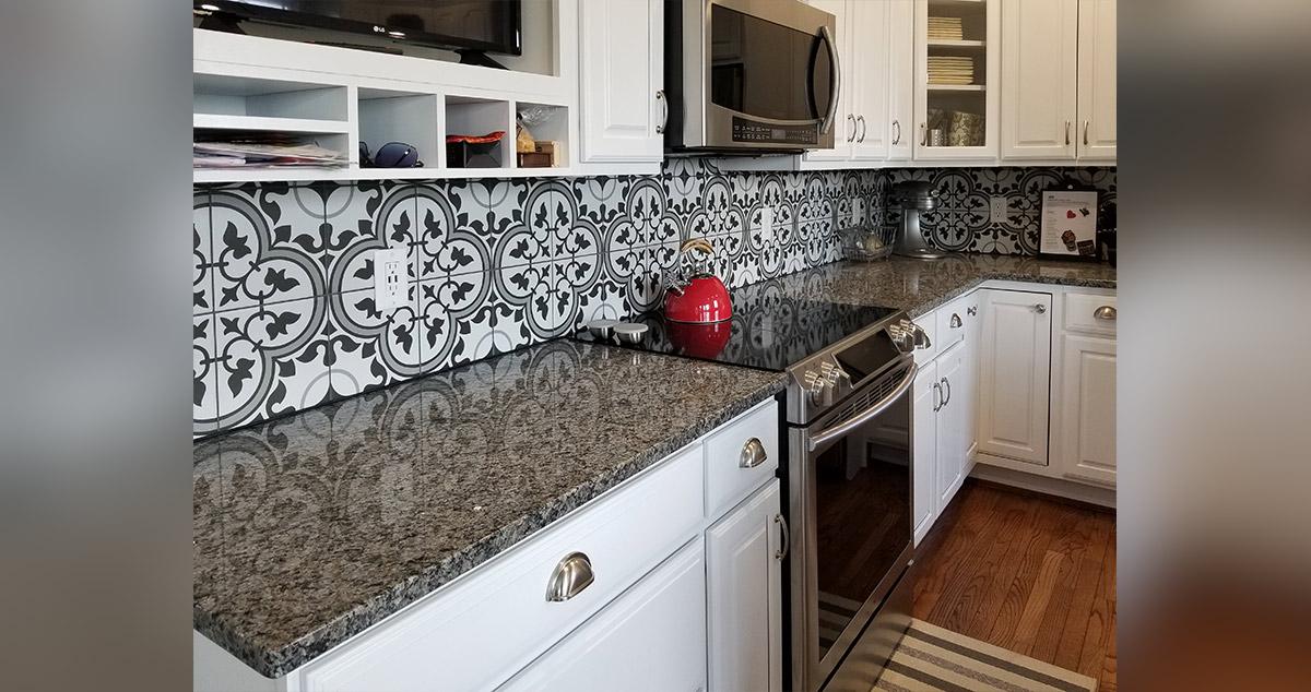 porcelain tile kitchen backsplash