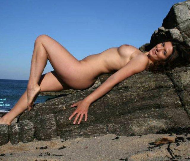 Nude Ex Girlfriend Naked Girl Nude Amateur Sexy Legs Beach Bunny