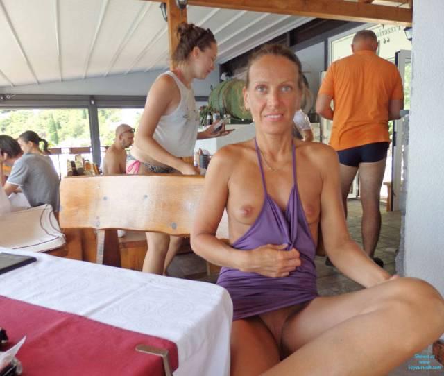 Amateur Photo Mimice Nude In Public