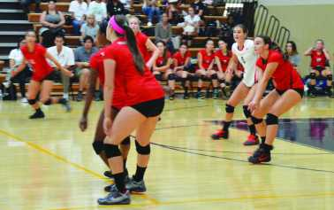 Girls' Volleyball is hungry to win Mission League this year
