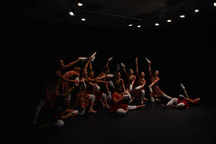 Advanced Dance I students showcase work for foundation