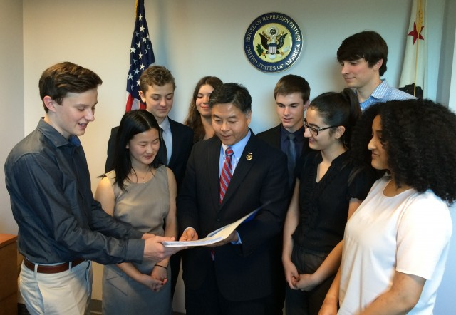 Students meet with district congressman
