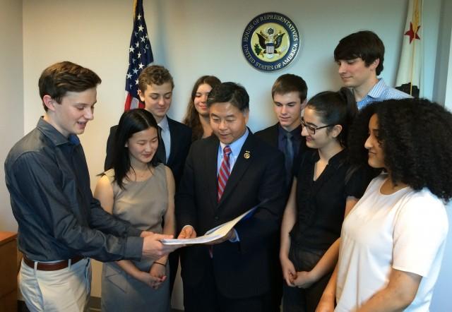 Students meet with district congressman