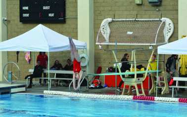 Diving in: divers feel close to teammates despite individuality