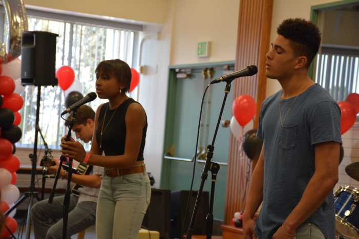 Prefect Council hosts last Coffee House of the school year