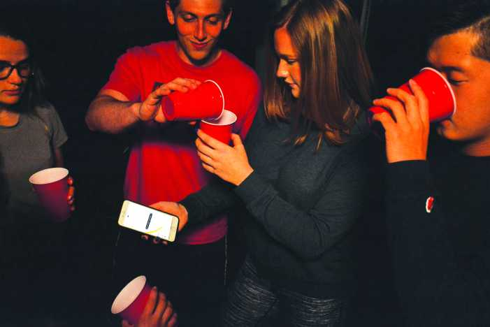 Driven to Drink: Do personal driver apps facilitate teen drinking?