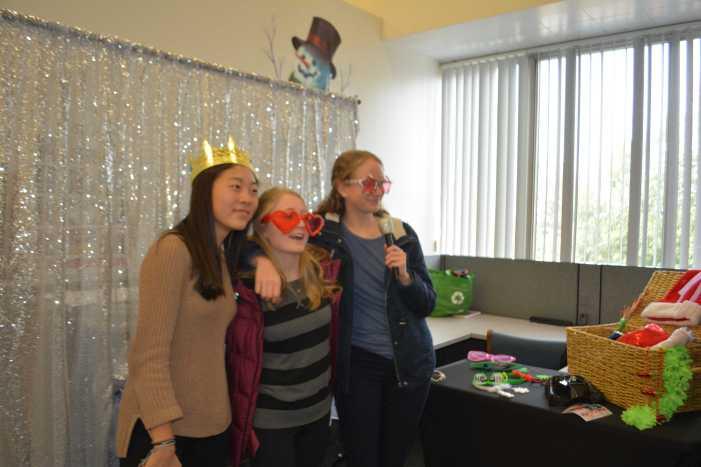 Community celebrates break with winter festivities