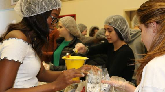 Students participate in Community Service Week