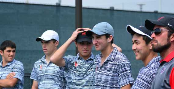 Boys' tennis routs University to advance to CIF-SS DI finals