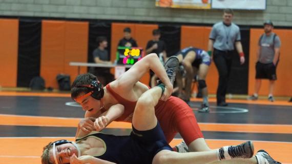 Wrestlers advance to second day of tournament