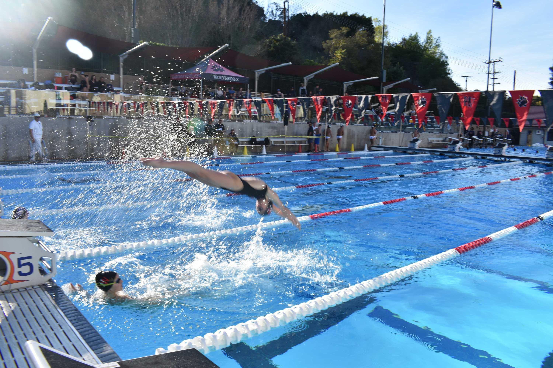 Upper School swim team starts season with a splash