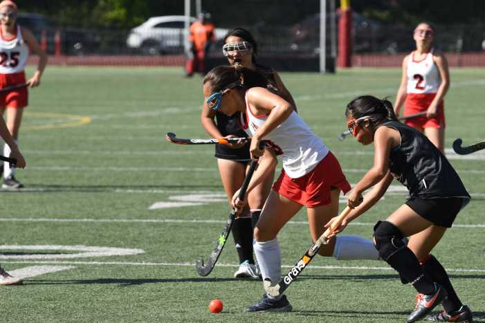 Field Hockey wins second straight