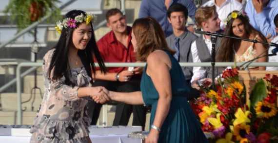 Seniors attend Ring Ceremony